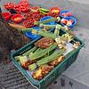 Veggies and Fruits (Mondmann) Tags: fruit vegetables fruits veggies market traditionalmarket sidewalk street seoul korea southkorea rok republicofkorea asia eastasia mondmann fujifilmxt10