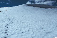 """""""Those places that I never thought I'd go"""" - Jotunheimen Mountains - Norway (TLMELO) Tags: montanha mountain mountaineer mount noruega norway norwegian keepwalking justdoit walking neve snow impossibleisnothing girl woman"""