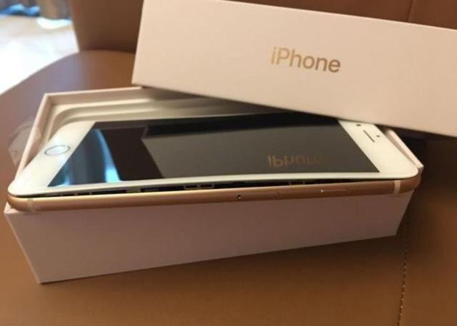 蘋果終於承認蘋果8 電池鼓包,並表示:正在調查!