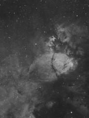IC1795 - Fishhead Nebula (H-Alpha) (DeepSkyDave) Tags: astrophotography astrofotografie astronomy astronomie night sky nacht himmel stars sterne deepsky cosmos kosmos natur nature long exposure langzeitbelichtung low light narrowband filter