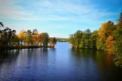 Autumn (KEA60) Tags: stockholm sweden water channel lake autumn höst hostfoto fotosondag fs171015