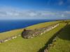 Orongo (nubedefresas) Tags: parquenacionalrapanui rapanui orongo verde isla oceano historia