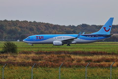 IMG_8979 (Yorkshire Pics) Tags: gtawl tui thompsonairlines thompsontui tuithompson thompsonaircraft aircraft doncaster doncastersheffieldairport robinhoodairport 2310 23102017 23rdoctober 23rdoctober2017