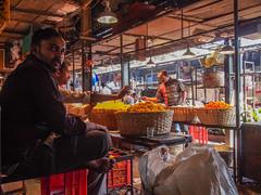 LR-019 (hunbille) Tags: india mumbai birgittemumbai32015lr dadar phool galli phoolgalli flower market bazaar bombay