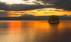 Lake Foxen (SecureTheMoment) Tags: canutravel kanutour summer island water sky see lake nikon d800 scandtrack schweden foxen sunset