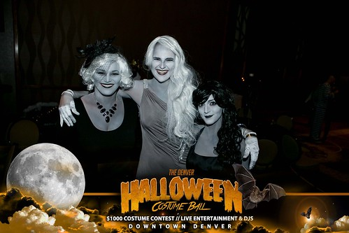 "Halloween Costume Ball 2017 • <a style=""font-size:0.8em;"" href=""http://www.flickr.com/photos/95348018@N07/38024848426/"" target=""_blank"">View on Flickr</a>"
