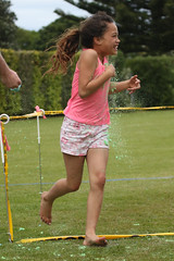 (Paul J's) Tags: event hawera taranaki hickspark park southtaranakilionswalkforkids colourrun girl