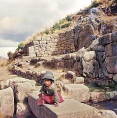 The ruins of Tambomachay near Cuzco (Lewitus) Tags: tambomachay cuzco ruins water stones perú hats 1964