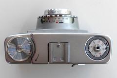 Zeiss Ikon Colora (pho-Tony) Tags: photosofcameras zeissikoncolora zeiss ikon colora novaranastigmat novar anastigmat 135 f45mm 45mm f35 pronto madeingermany german