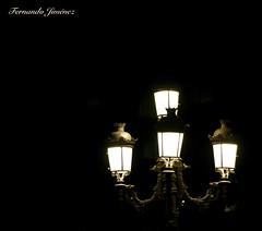 Farolas en la noche (alanchanflor) Tags: canon bw monocromo noche granada farola luz