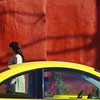 instant carré (woolgarphilippe) Tags: car mur wall carré square coccinelle beatle warm chaud abstract abstrait jaune yellow