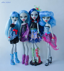 zombie girls (Alice_Milich) Tags: monster high ghoulia yelps doll 16 sweet screams sweetscreams classroom skull shores skullshores fusioninspired ghouls fusioninspiredghouls
