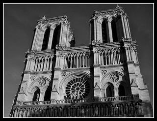 B&W Notre Dame de Paris