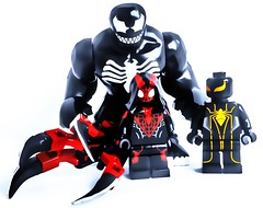 The End! Yeah I know the build doesn't relate to the pic that's 'cause I changed the ending :P (Lego Creationist) Tags: lego end fig size big parasite venom custom armour man spider kid verse lc carnage ravage