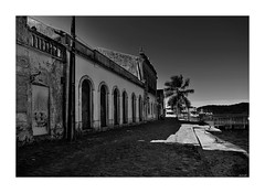 6D_IMG_2899 (3z) (A. Neto) Tags: 6d canon canon6d canonef1740mmf4lusm eos blackwhite bw architecture buildings old paranaguá cityview