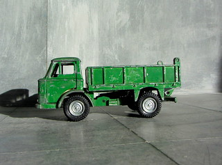 Dinky Kits Ford D800 Tipper Truck No. 1029 1973 Restoration And Conversion To Military : Diorama Winter Scenery - 28 Of 28