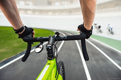 Point of view 🚴 : first person mode 🎮 (Andrey Baydak) Tags: bike bicycle cycling cyclocross cannondale caadx limegreen велотрек velodrome runningtrack 2470 dof perspective motion pointofview