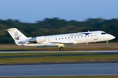 N97EA - Canadair CL-600-2B19 Regional Jet CRJ-100ER - Elite Airways - KPDK - Oct 2017 (peachair) Tags: n97ea canadair cl6002b19 regional jet crj100er elite airways kpdk oct 2017 cn 7027 shipyardbrewingco sticker