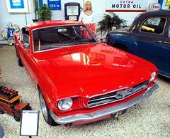 Ford Mustang (Vriendelijkheid kost geen geld) Tags: automuseum schagen