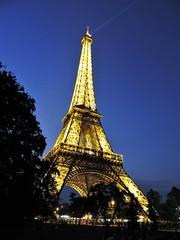 Lit up (Hollie_Lea95) Tags: eiffel tower tourist travel tree night dark lights paris france europe attraction famous