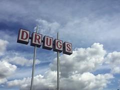 Just Day No (misterbigidea) Tags: neighborhood lookup googie sky blue sign store drugs drug roadside business urban scenic