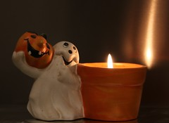 Macro Monday Halloween (ryorii) Tags: canon mm macro monday macromonday halloween 30oct17 ghost pumpkin light candle