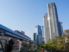 浜松町, Tokyo, Japan (yuyugreen) Tags: 日本 東京 浜松町 japan tokyo sky rail monorail train urban