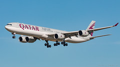Qatar Airways A340-642 A7-AGD (José M. Deza) Tags: 20171029 a340642 a7agd airbus bcn elprat lebl planespotting qatarairways spotter aircraft