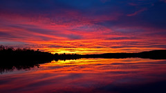 Last-night's Sunset. (Bob's Digital Eye) Tags: 2017 bobsdigitaleye canon canonefs1855mmf3556isll clouds dusk flicker flickr lake lakesunsets lakescape october silhouette sky sunset sunsetsoverwater t3i laquintaessenza reflections h2o water