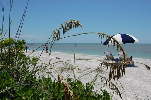 Beachfront, West Wind Inn