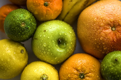 Fruits (JPLapointe) Tags: fruits pomme orange pamplemousse citron lime colors waterdrops agrumes banane bananas nourriture