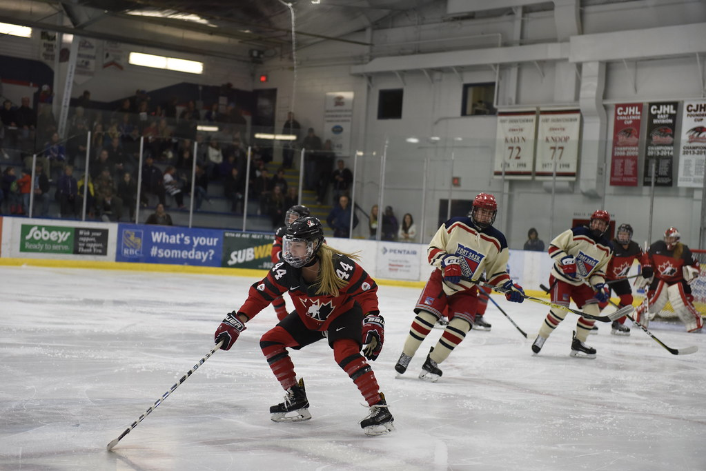 Girl hockey in midget playing saskatchewan top her feet