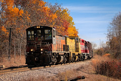 Switching Seasons (sdl39hogger) Tags: wsor wisconsinsouthern milwaukeesub watco emd electromotivedivision mp15ac northernkettlemoraine slinger wisconsin ackerville canon canont3i