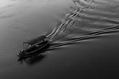 © patrickrancoule-2373 (Patrick RANCOULE) Tags: gange inde ramnagar bateau