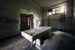 The bad bed (Michal Seidl) Tags: abandoned abbandonato ospedale hospital opuštěná nemocnice italy autopsy morgue dissecting room pitevna pathology hdr urbex infiltration canon