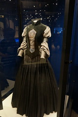 """Padme Amidala's Packing Gown • <a style=""""font-size:0.8em;"""" href=""""http://www.flickr.com/photos/28558260@N04/37393570456/"""" target=""""_blank"""">View on Flickr</a>"""