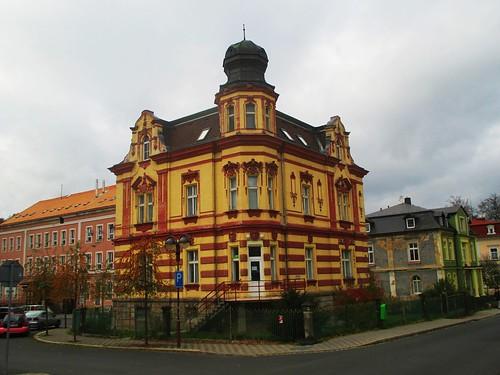 Budova na rohu ulic Poštovní náměstí a Kamenná