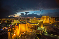 Las Vegas Sunsets (Thomas Hawk) Tags: america clarkcounty ferriswheel harrahs highroller lasvegas lasvegasstrip mirage nevada sincity usa unitedstates unitedstatesofamerica vegas venetian venetianhotel fav10 fav25