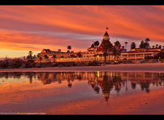 Epic sunset at the Hotel del Coronado! (Sam Antonio Photography) Tags: hoteldelcoronado del reflections seaside romantic romance resort rich sunset travel vintage wooden victorian vacation usa luxury landmark building california beachfront architecture america american accommodation coast glamour historical hotel coronado exteriors holiday beach samantoniophotography