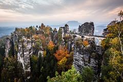 IMG_0558-5 (Sarah und Jan) Tags: canon 6d 17 40 herbst elbsandstein gebirge berge autumn bastei lilienstein