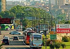 Avenida Pirineos (portalealba on holidays) Tags: zaragoza aragon españa portalealba canon eos1300d