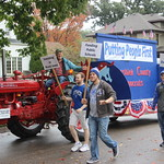 "Homecoming Parade<a href=""//farm5.static.flickr.com/4486/37692806206_39c45319de_o.jpg"" title=""High res"">∝</a>"