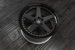 FXS550 | Textured Black / Gloss Black Lips / 24K Gold Hardware