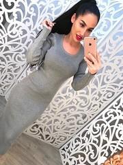 Облегающее длинное платье серого цвета с круглым декольте и длинными рукавами (arrkareeta) Tags: