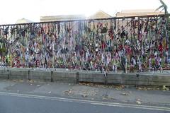 Crossbones Gates (Loz Flowers) Tags: london southwark crossbones crossbonesgraveyard nonconformistgraveyards