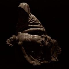 9 - Reims - Musée Saint-Remi - Piéta - Champagne, Marbre, Premier quart du 16ème siècle (melina1965) Tags: reims marne grandest octobre october 2017 nikon d80 sculpture sculptures statue statues sépia sepia