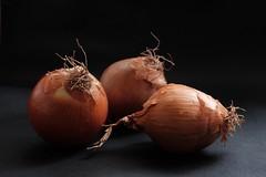 Cebollas.... (valorphoto.1) Tags: selecciónvp cebollas color natural composición vegetales naturalezasmuertas stilllife photodgv