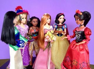 Día de Muertos with the Princesses