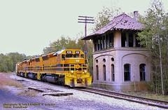 BP 458 DuBois, PA. 9-09-2010 (jackdk) Tags: train railroad railway locomotive emd emdsd45 sd45 bp bprr brp gwi gw tower buffaloandpittsburgh buffalorochesterandpittsburgh dubois