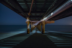 Horizon barred ... (adilemoigne) Tags: bridge long exposure sea la réunion pentax k1 hd pentaxd fa 1530mm f28ed sdm wr